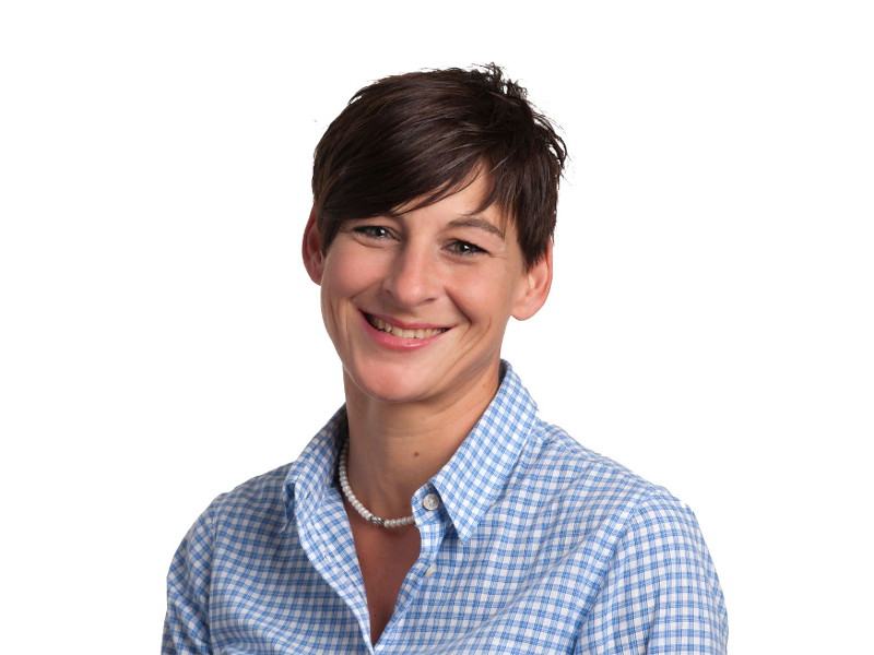 Jeannine Ravanello, Assistentin